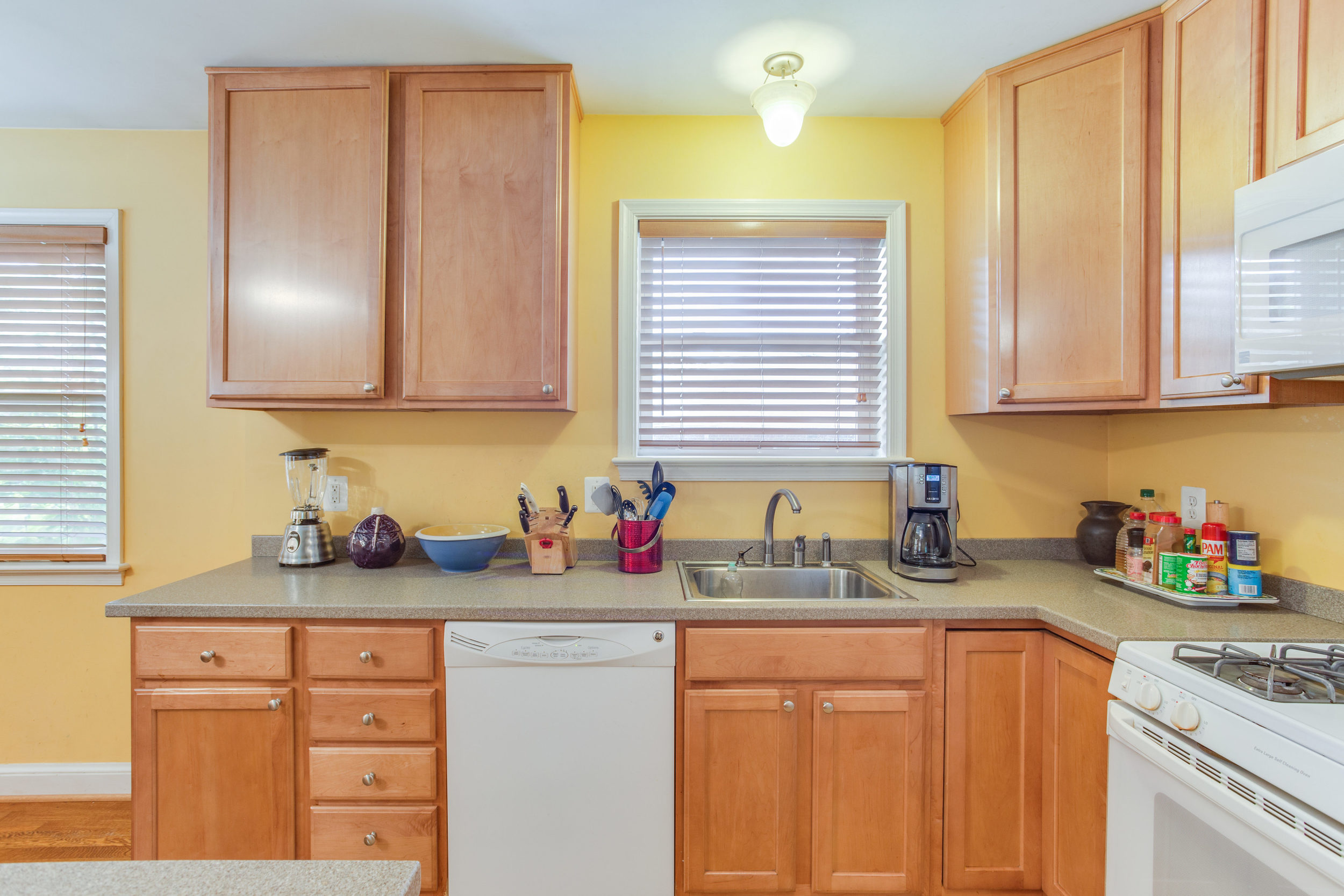 6024 25th St N Arlington VA-print-012-12-Kitchen-4200x2800-300dpi.jpg