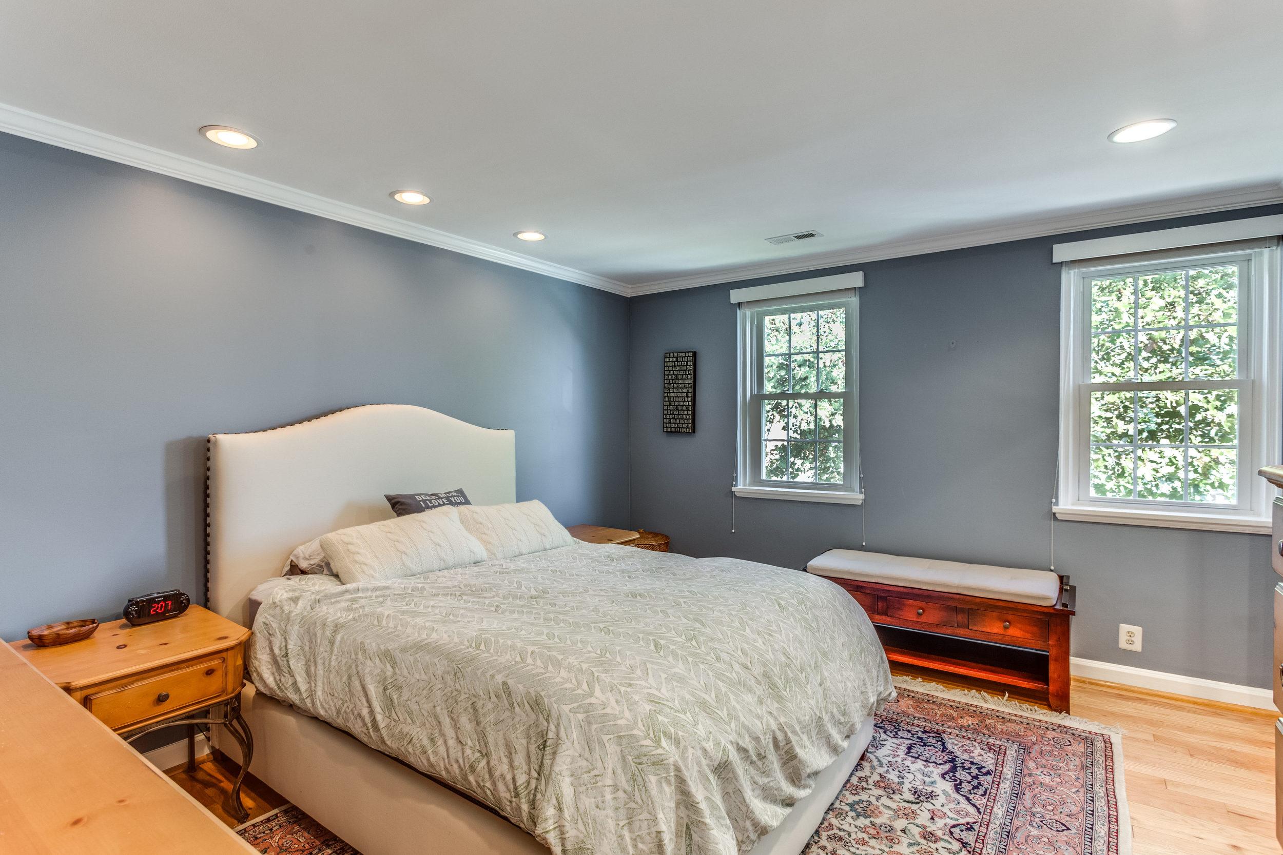 4631 34th St S Arlington VA-print-046-42-Bedroom-4200x2800-300dpi.jpg