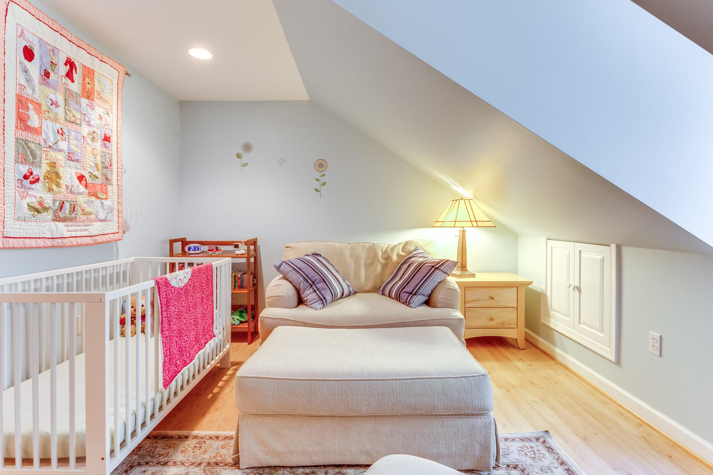 4631 34th St S Arlington VA-print-059-51-Bedroom-4200x2800-300dpi.jpg