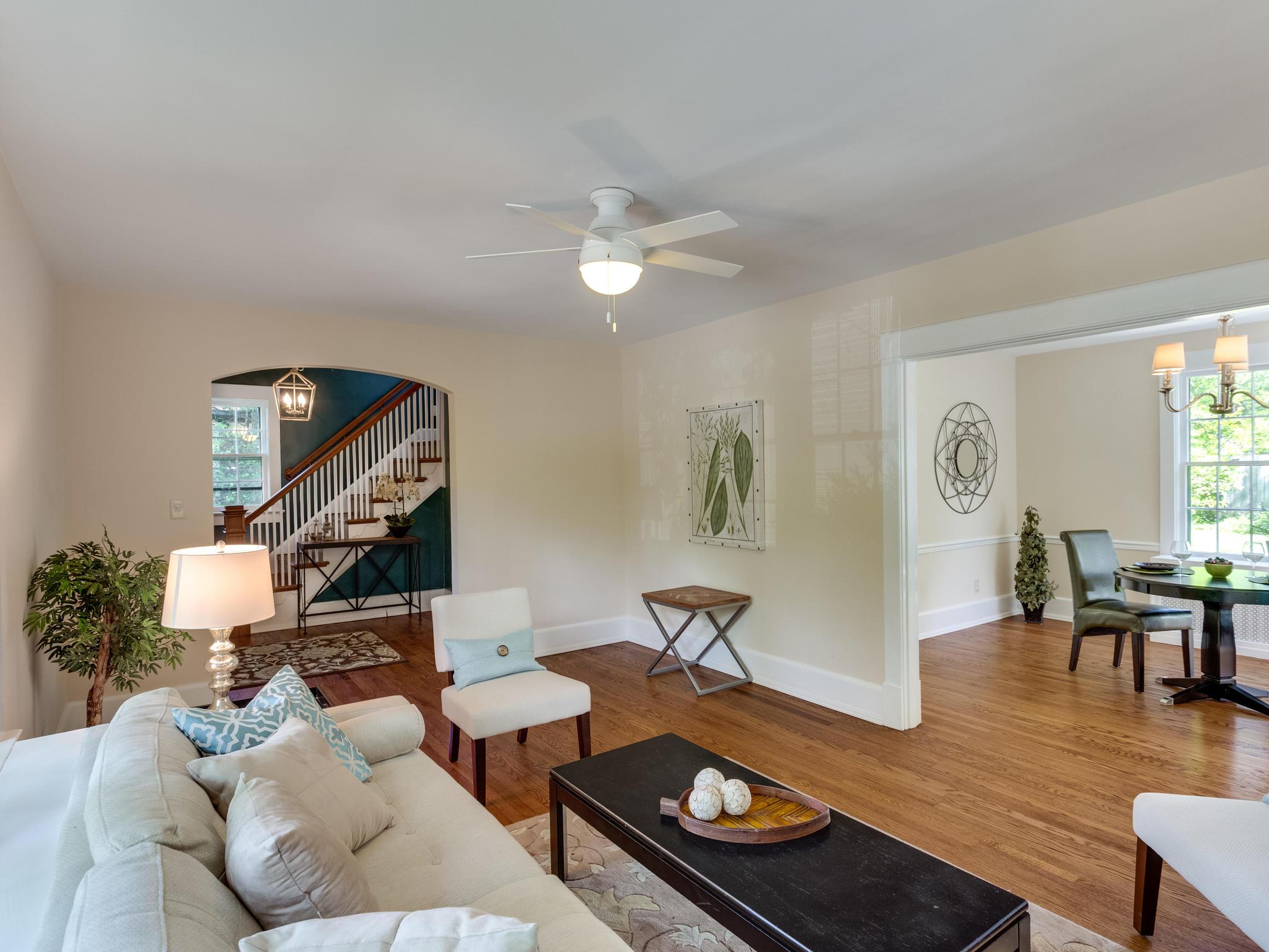 4903 Washington Blvd Arlington-MLS_Size-012-16-Living Room-2048x1536-72dpi.jpg