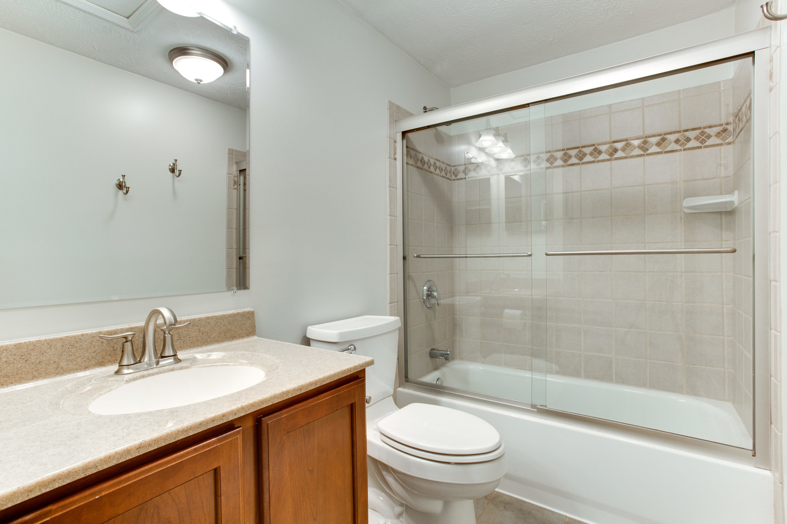 13939 Winding Ridge Ln-print-021-64-Bathroom-4200x2801-300dpi.jpg