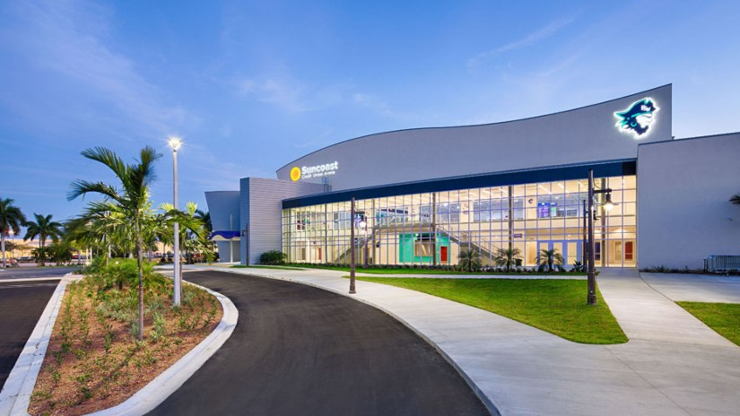 The Suncoast Credit Union Arena, conveniently located in Fort Myers is a state of art facility that opened in 2016. The $28 Million dollar arena offers first class amenities and seating for up to 3500 for Basketball, and 2500 for tennis.