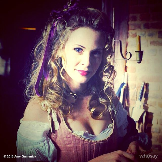 #FBF Philomena plays cards while pretending to be tortured. (One of the most fun scenes to film!) @TurnAMC