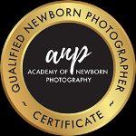 accredited-newborn-photographer-sydney.png