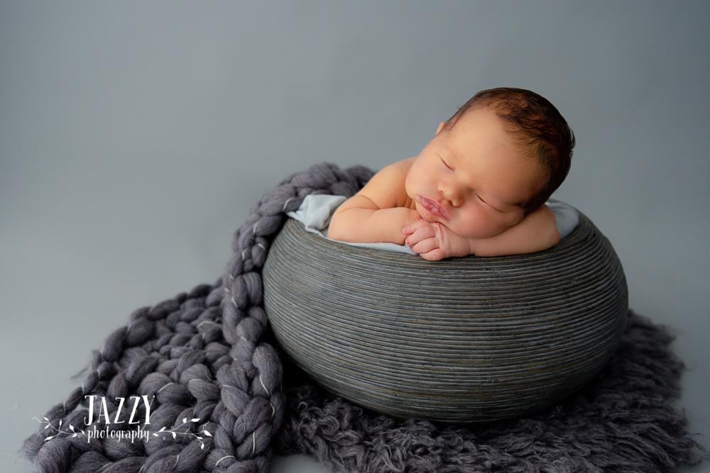 Newborn_Photography_Hills_District_1.jpg