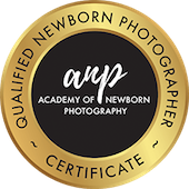 qualified-newborn-photographer-with-academy-of-newborn-photography.png