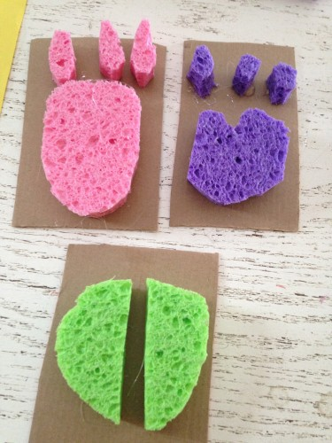 https://www.greenkidcrafts.com/animal-track-stamps/