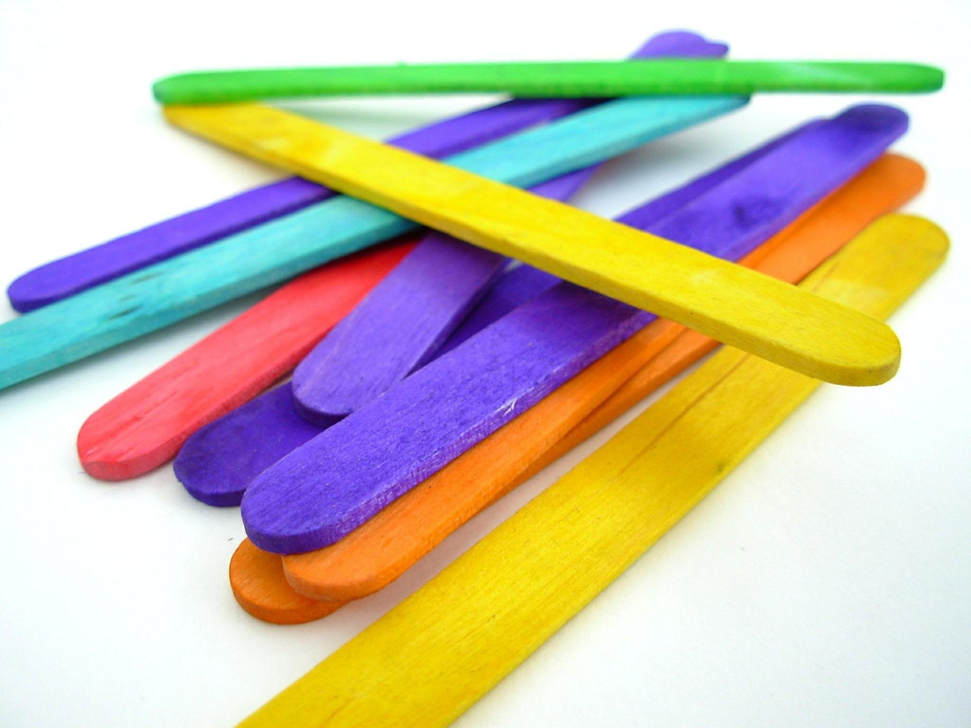 popsicle-sticks-350084_1920.jpg