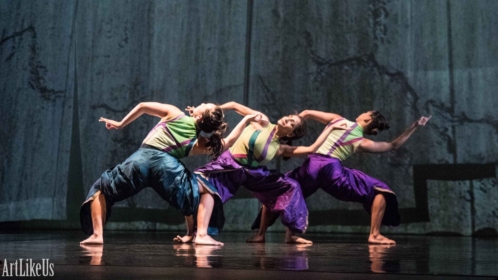 Artists of Ananya Dance Theatre in  Shyamali  at the Kelly Strayhorn Theater in Pittsburgh, PA. Photo by Art Like Us, courtesy of Ananya Dance Theatre.