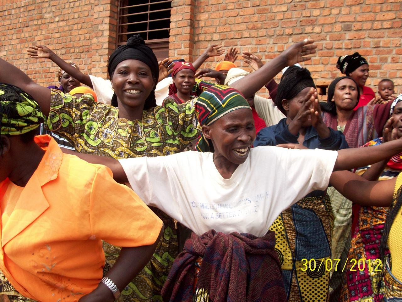 SFL dancing women - Rwanda