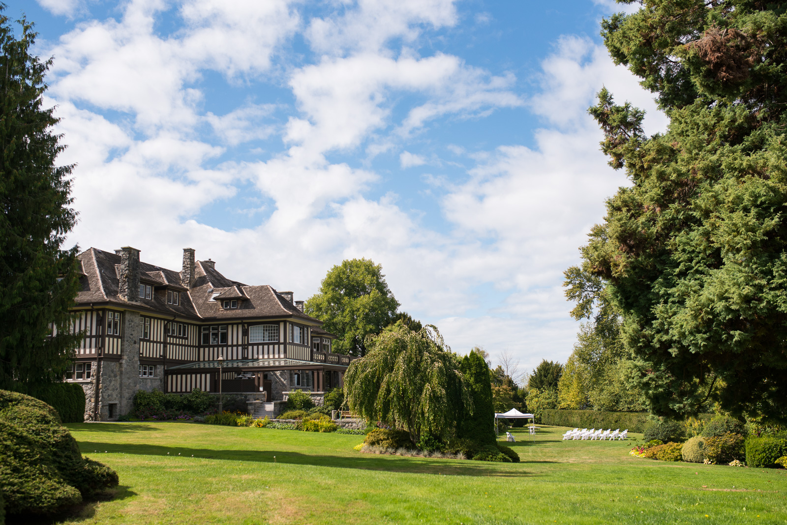 cecil green park house on ubc campus in vancouver - victoria wedding photographers