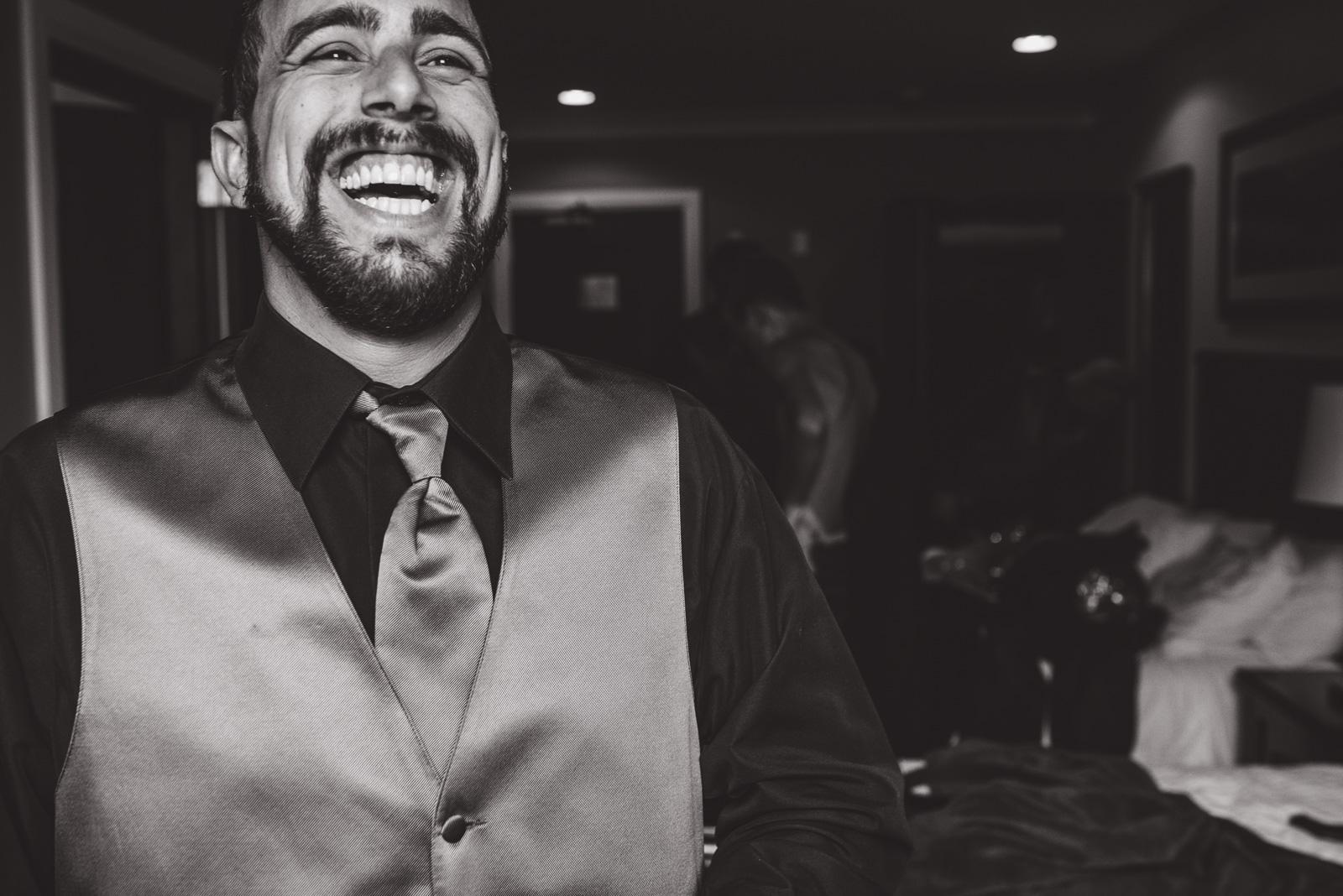 vancouver-island-wedding-photographers-nelson-hume-hotel-wedding-11.jpg