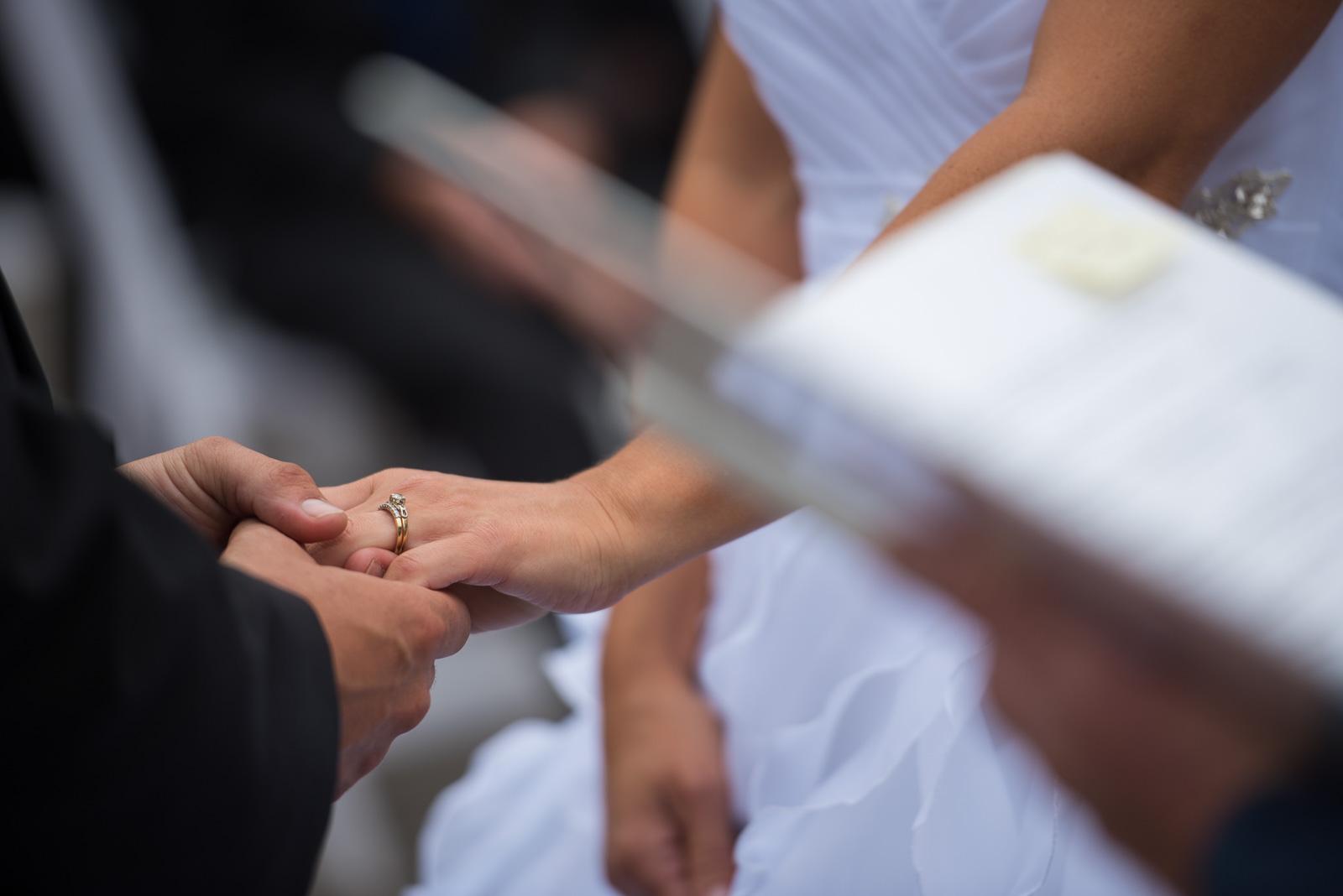 vancouver-island-wedding-photographers-nelson-hume-hotel-wedding-17.jpg