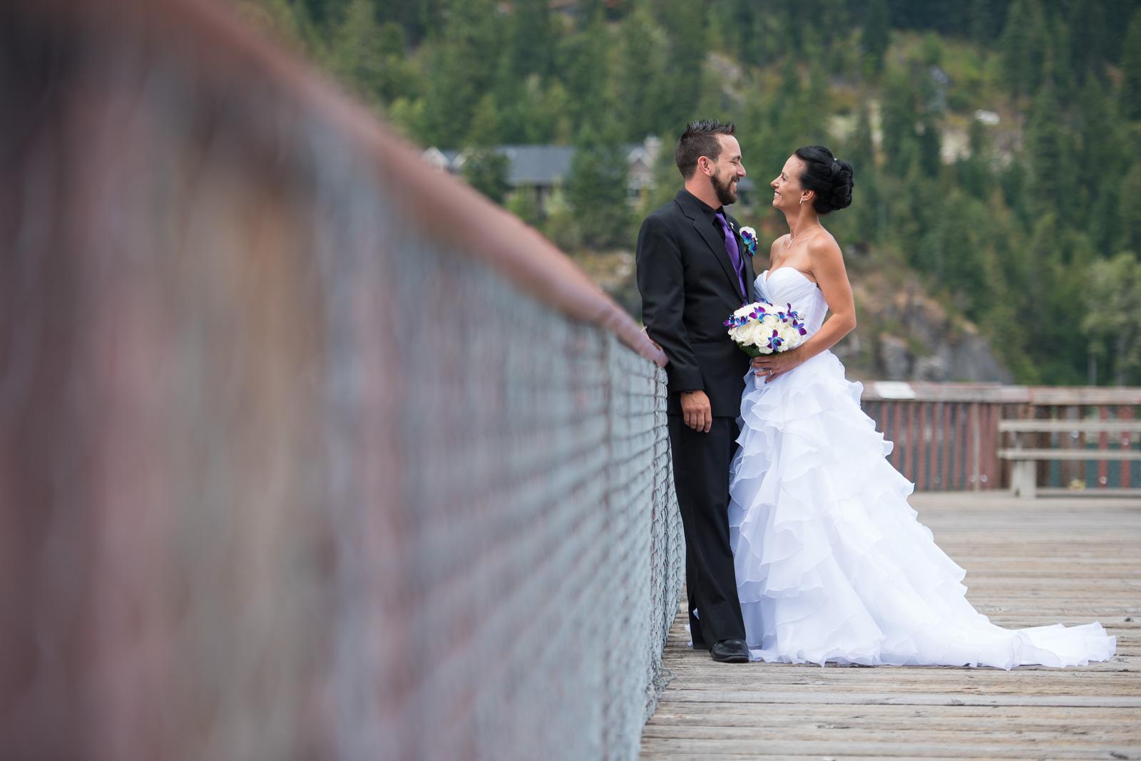 vancouver-island-wedding-photographers-nelson-hume-hotel-wedding-24.jpg