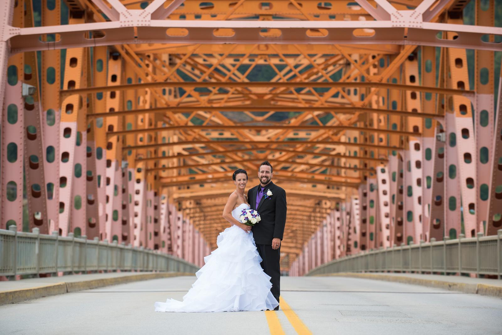 vancouver-island-wedding-photographers-nelson-hume-hotel-wedding-26.jpg