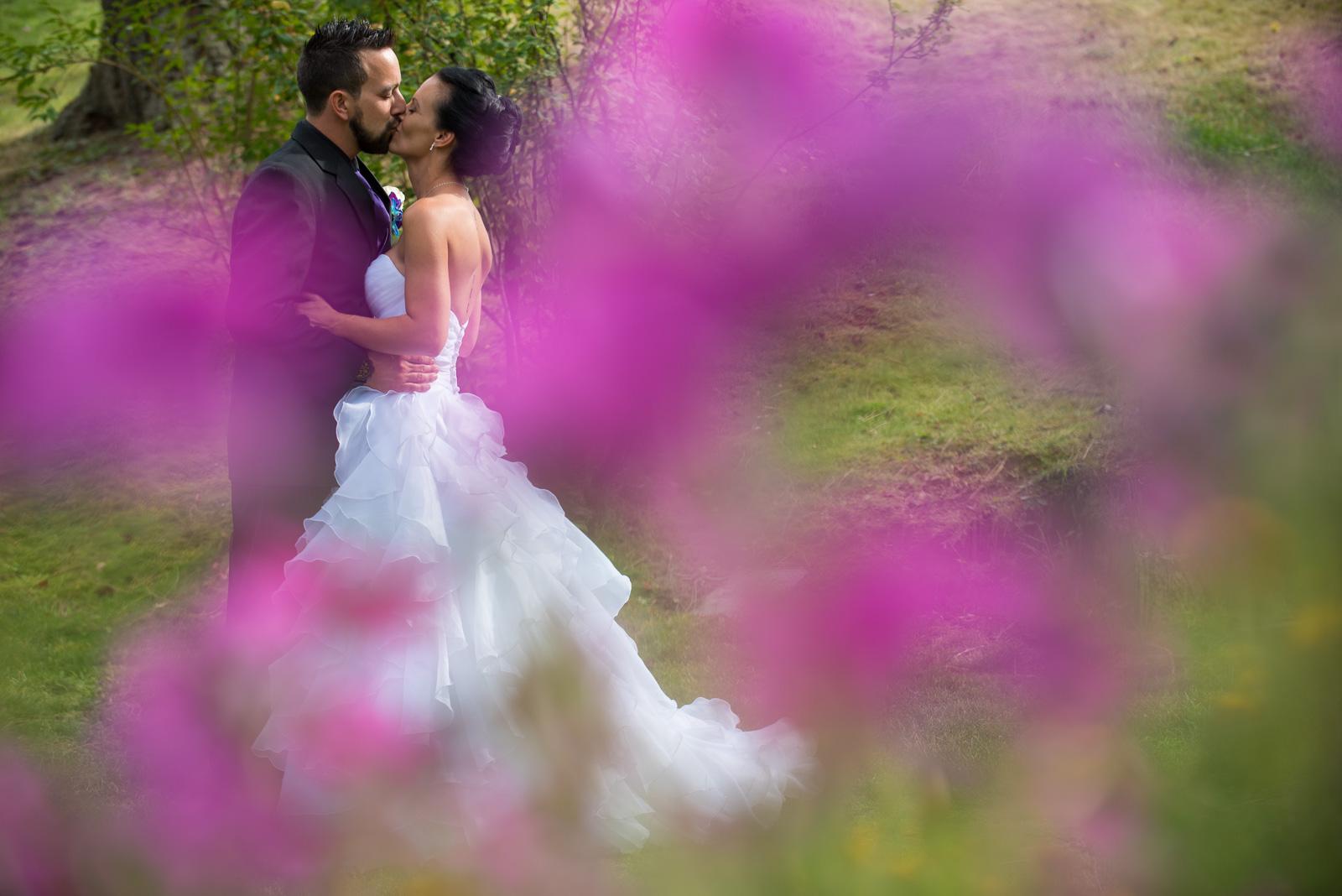 vancouver-island-wedding-photographers-nelson-hume-hotel-wedding-31.jpg