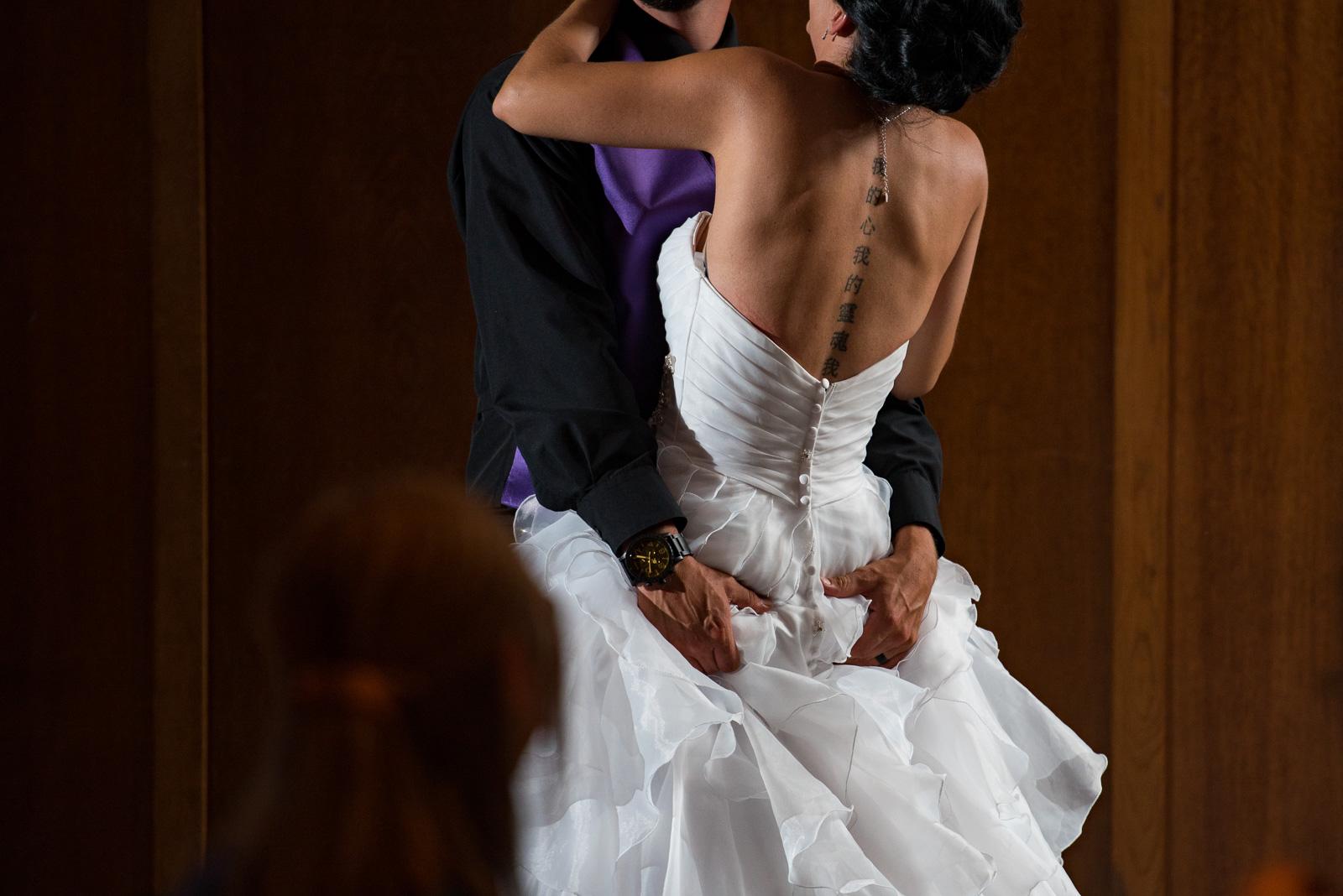 vancouver-island-wedding-photographers-nelson-hume-hotel-wedding-44.jpg