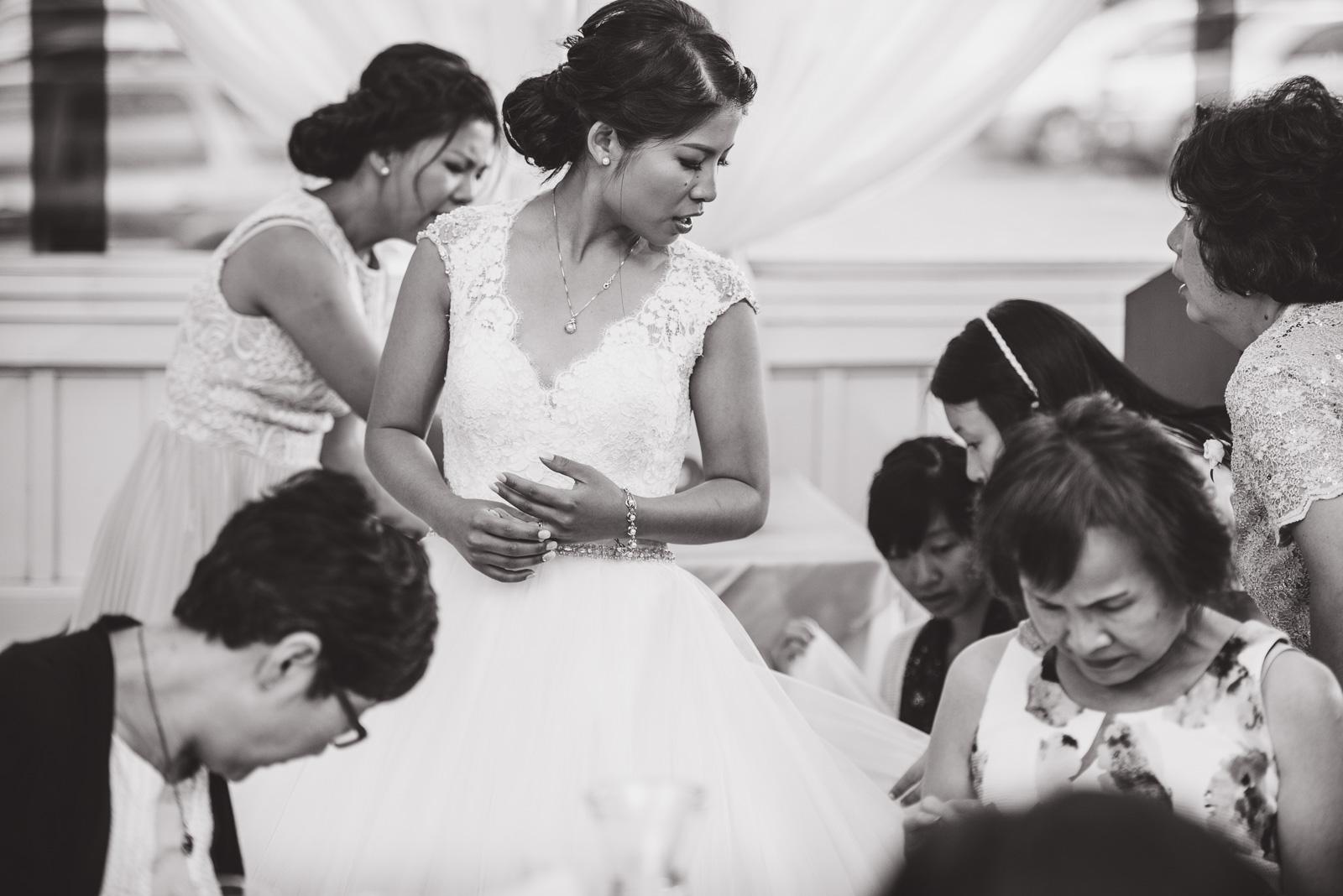 vancouver-island-wedding-photographers-golden-eagle-golf-course-wedding-35.jpg