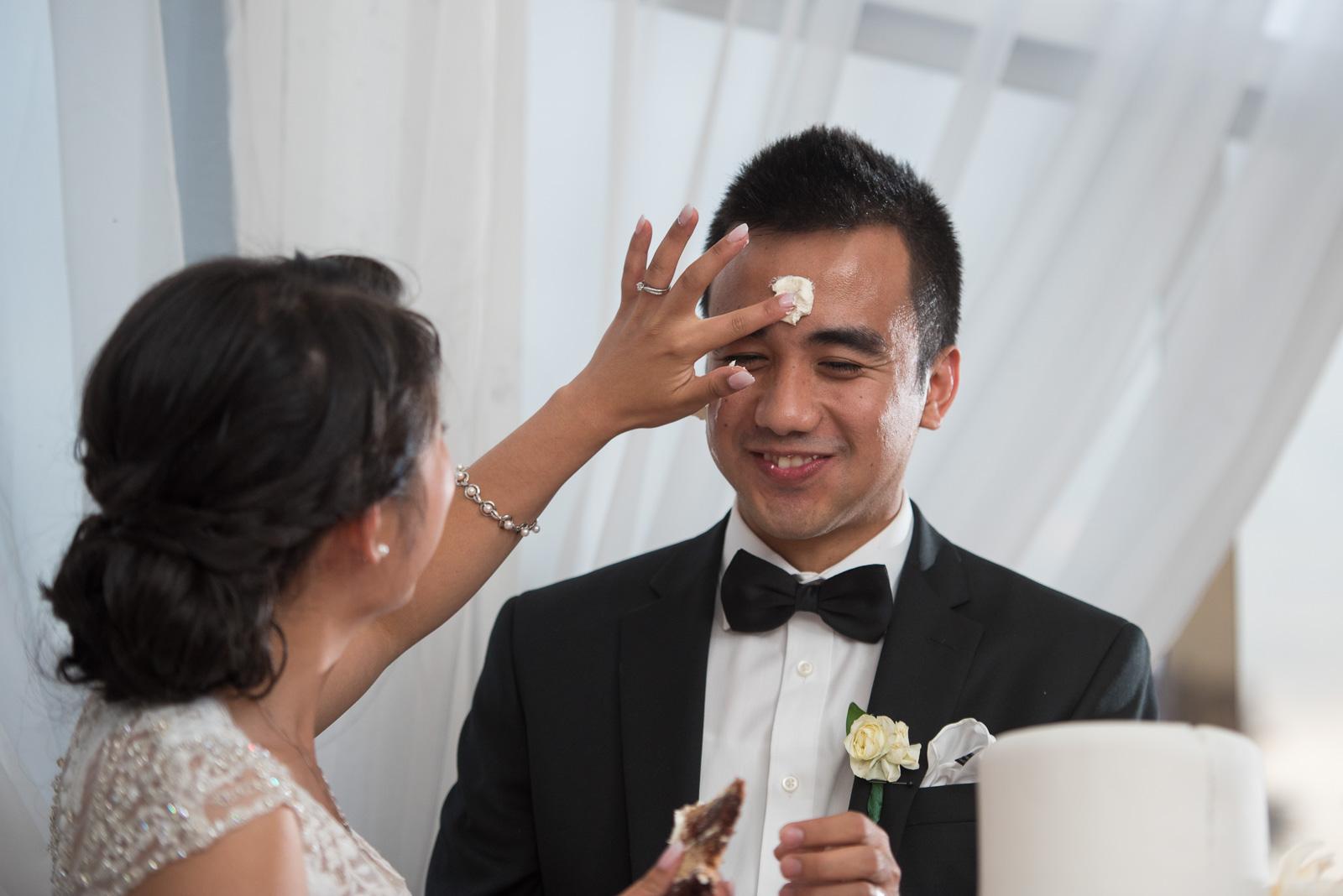 vancouver-island-wedding-photographers-golden-eagle-golf-course-wedding-45.jpg