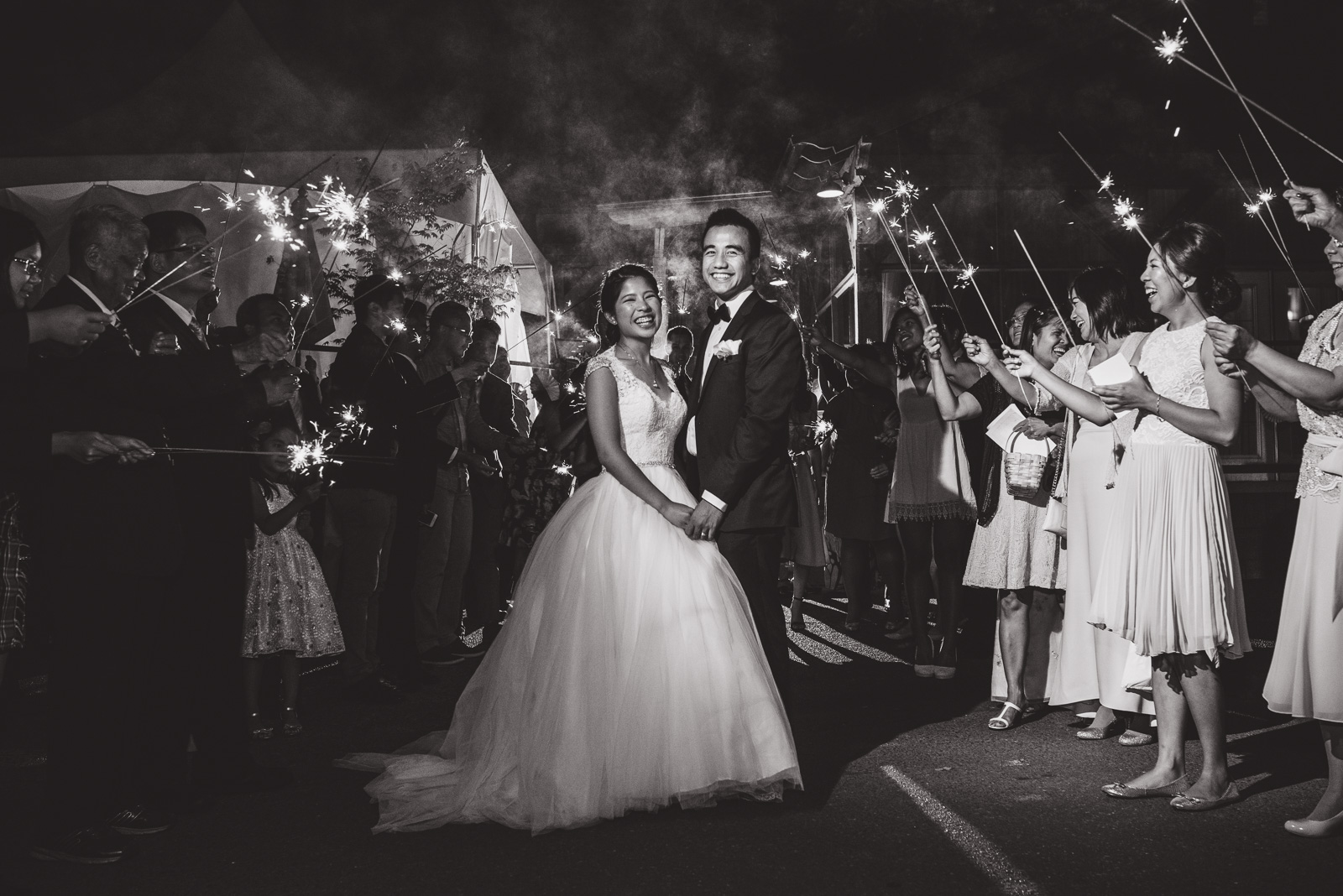 vancouver-island-wedding-photographers-golden-eagle-golf-course-wedding-56.jpg