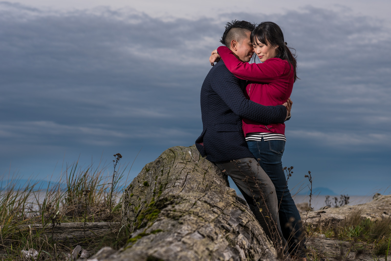 victoria-wedding-photographers-centennial-beach-richmond-engagement-20.jpg