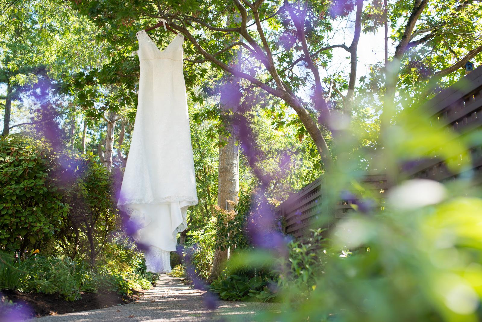 vancouver-island-wedding-photographers-ubc-farm-wedding-2.jpg
