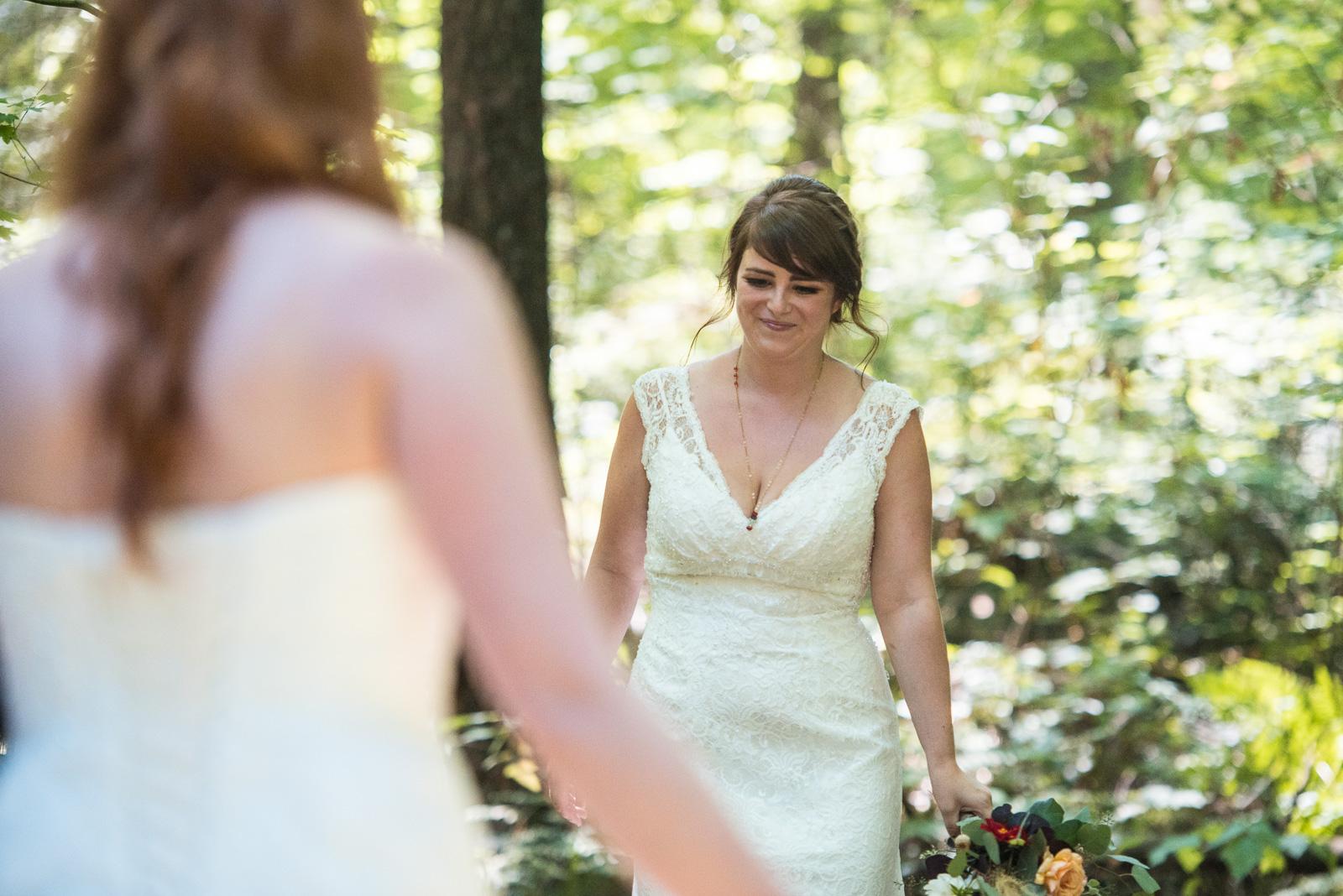 vancouver-island-wedding-photographers-ubc-farm-wedding-10.jpg