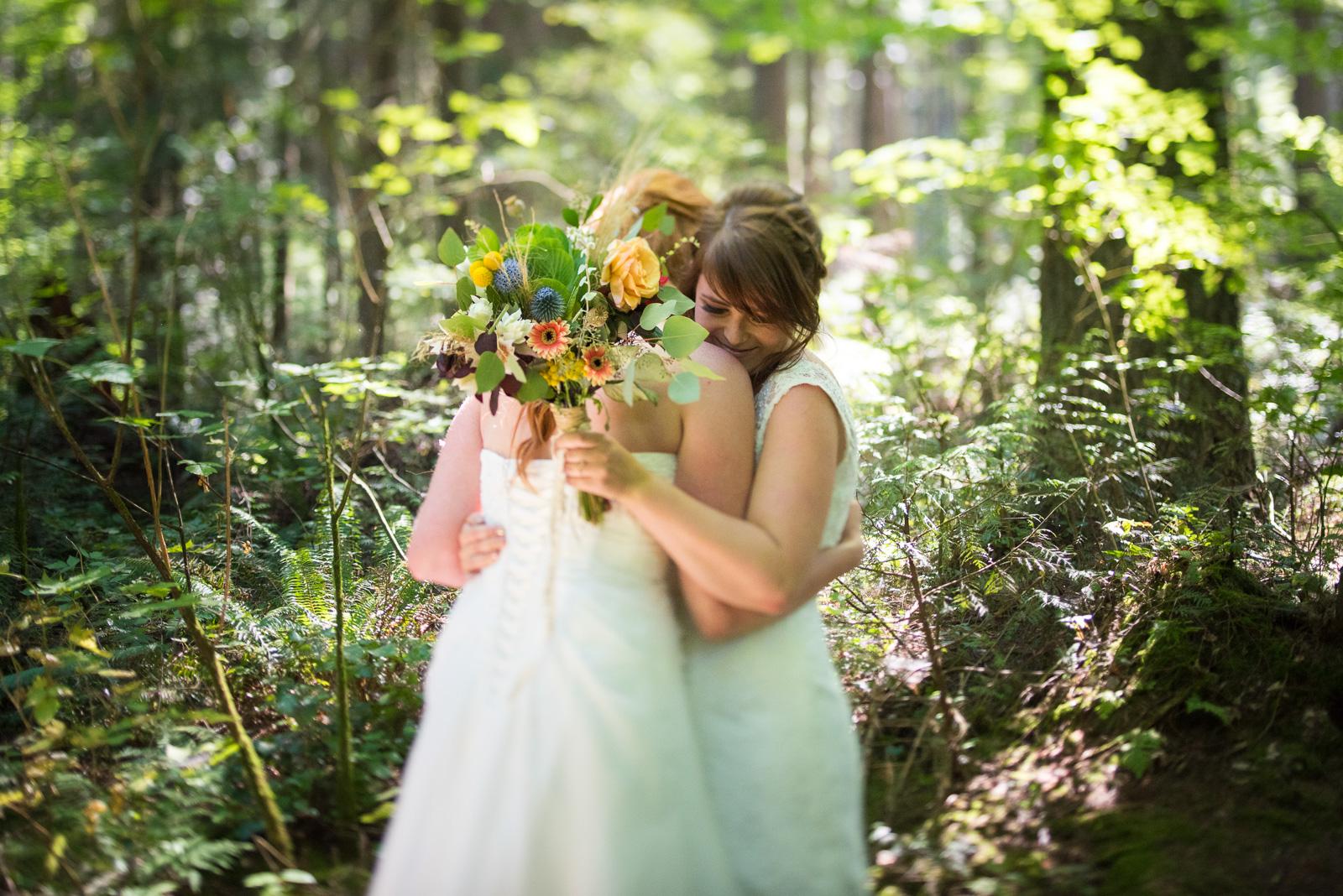 vancouver-island-wedding-photographers-ubc-farm-wedding-12.jpg