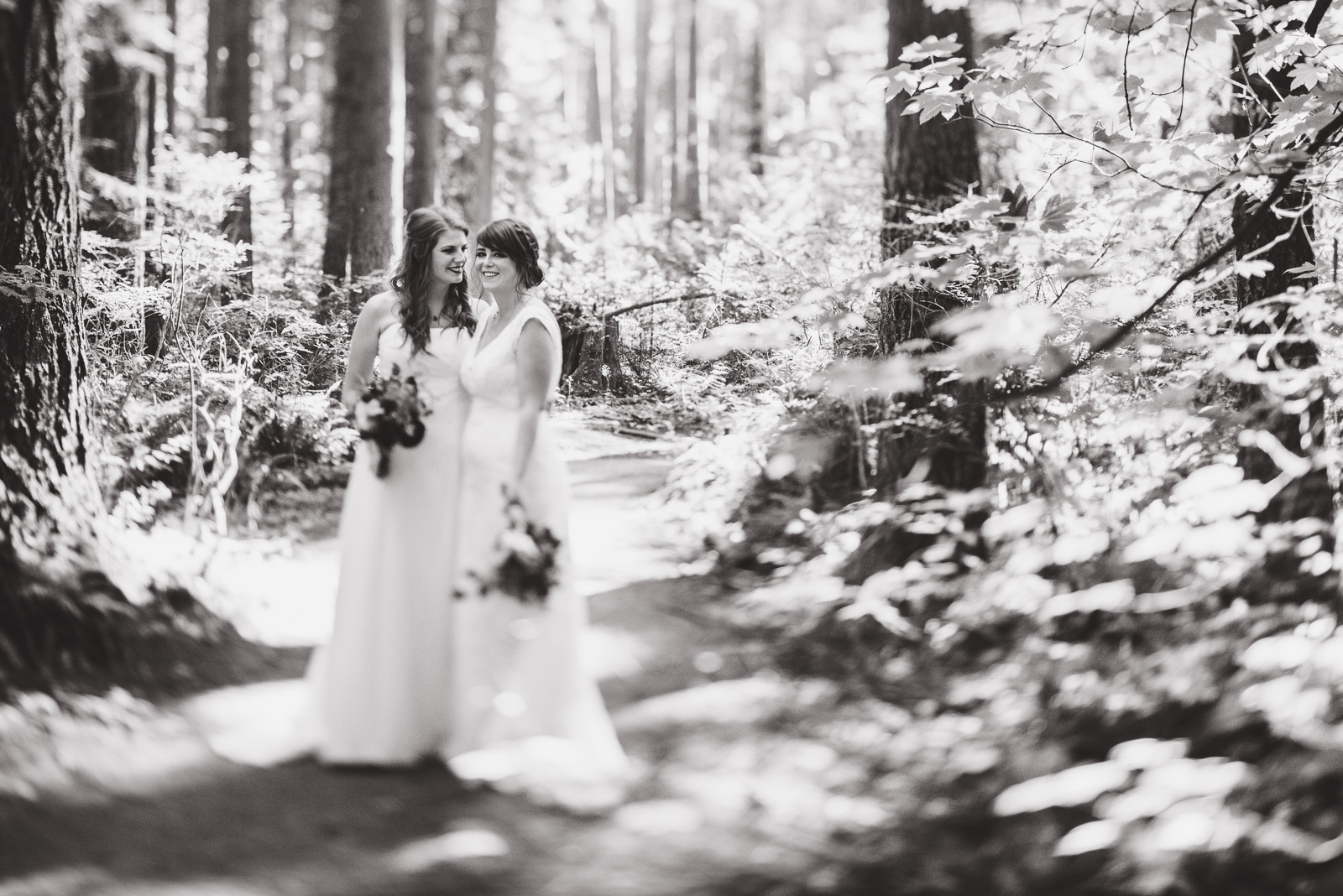vancouver-island-wedding-photographers-ubc-farm-wedding-14.jpg