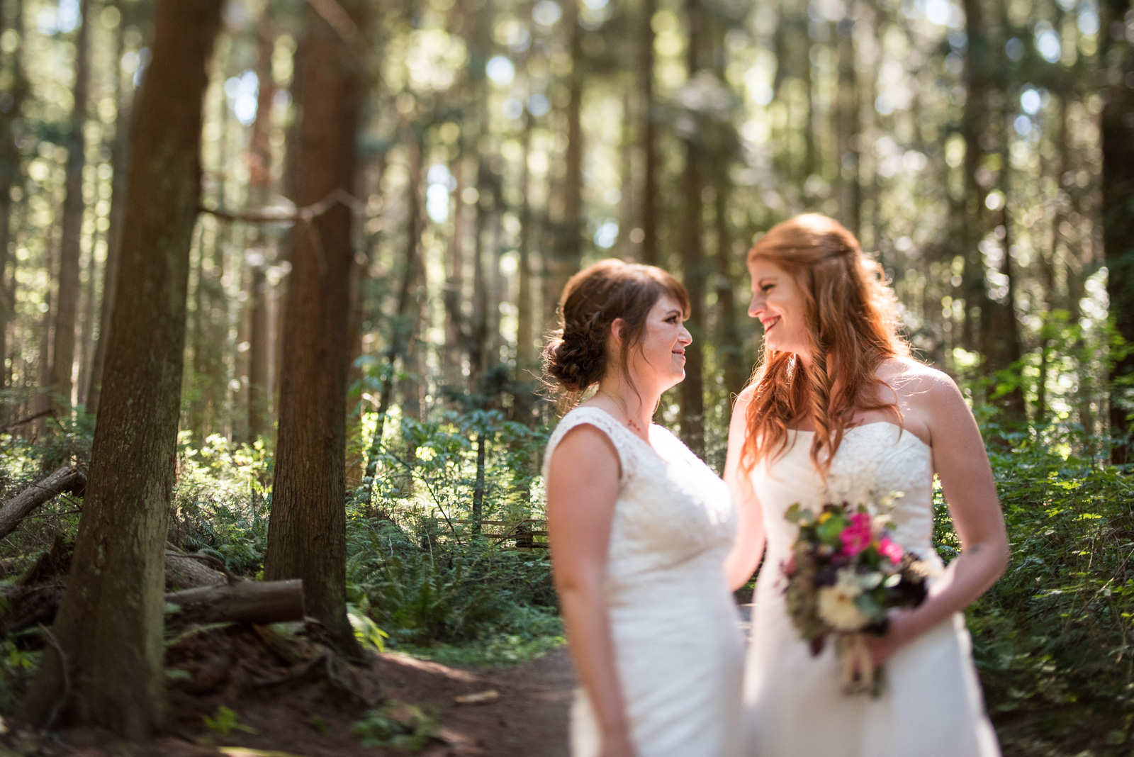 vancouver-island-wedding-photographers-ubc-farm-wedding-16.jpg