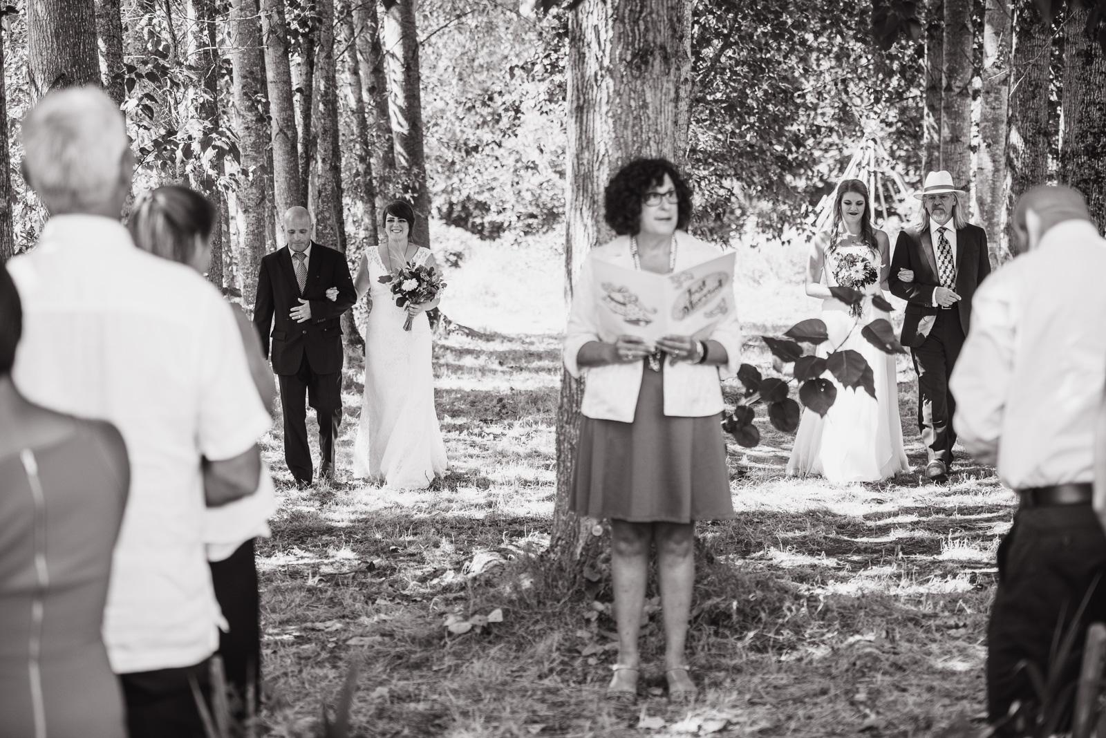vancouver-island-wedding-photographers-ubc-farm-wedding-18.jpg