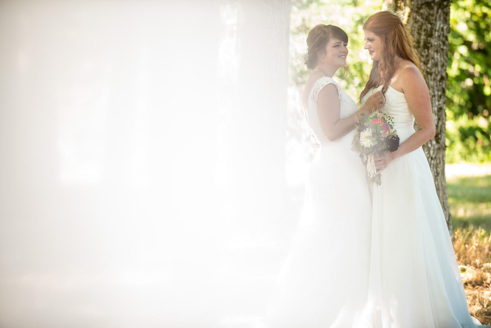 vancouver-island-wedding-photographers-ubc-farm-wedding-27.jpg