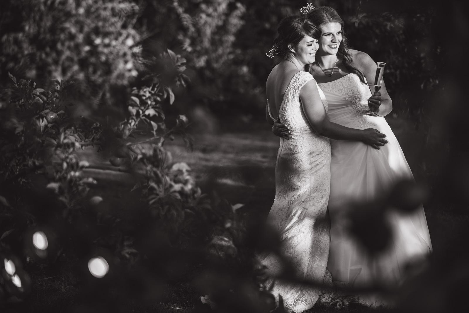 vancouver-island-wedding-photographers-ubc-farm-wedding-40.jpg