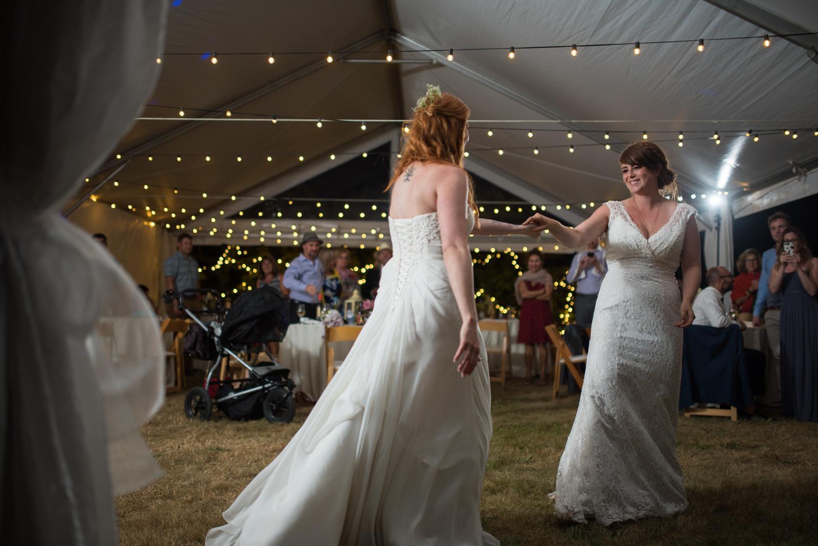 vancouver-island-wedding-photographers-ubc-farm-wedding-43.jpg