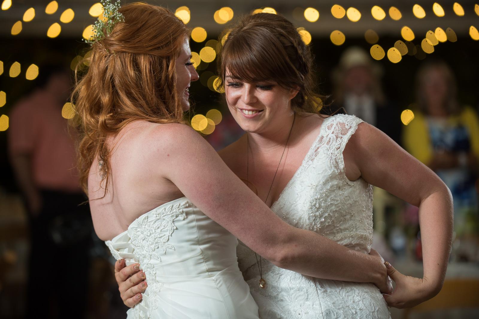 vancouver-island-wedding-photographers-ubc-farm-wedding-44.jpg