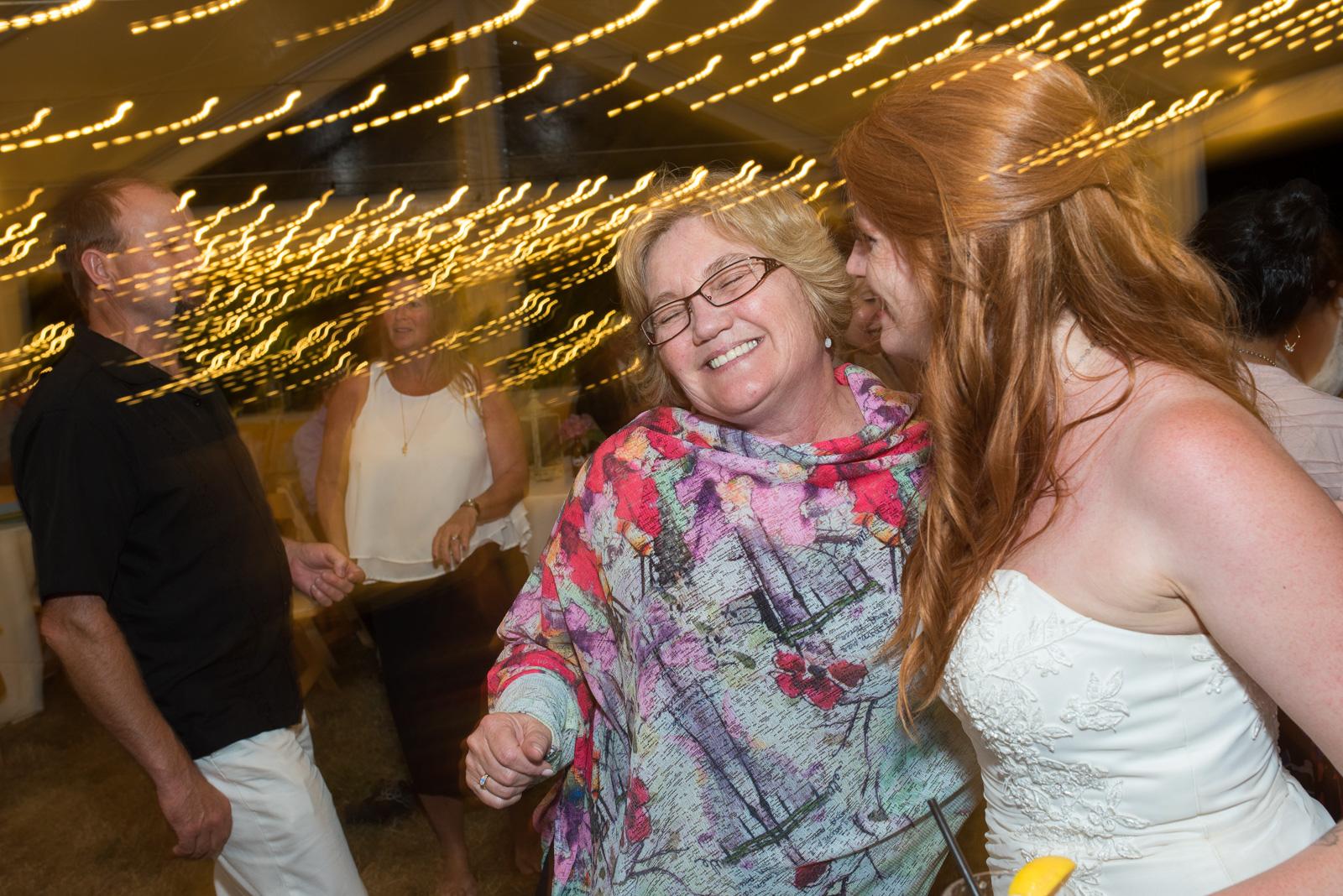 vancouver-island-wedding-photographers-ubc-farm-wedding-48.jpg