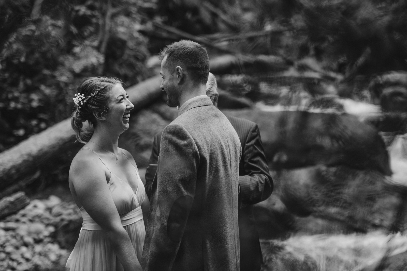 vancouver-island-wedding-photographers-cliff-gilker-park-smugglers-cove-elopement-9.jpg