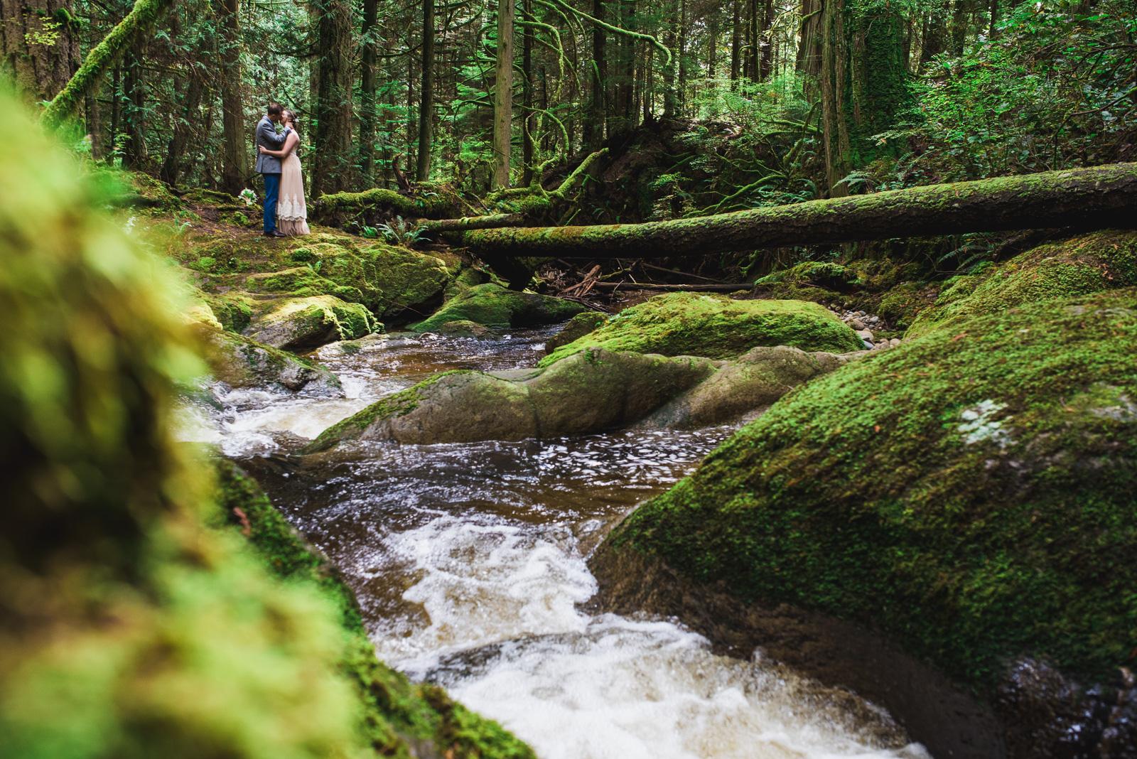 vancouver-island-wedding-photographers-cliff-gilker-park-smugglers-cove-elopement-14.jpg