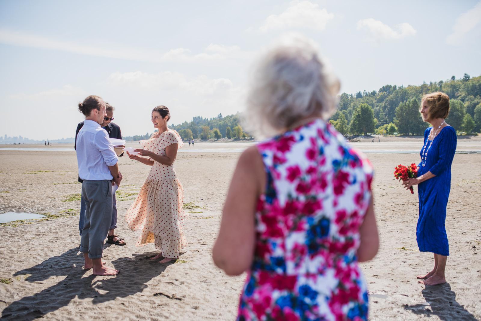vancouver-island-wedding-photographers-spanish-banks-elopement-7.jpg