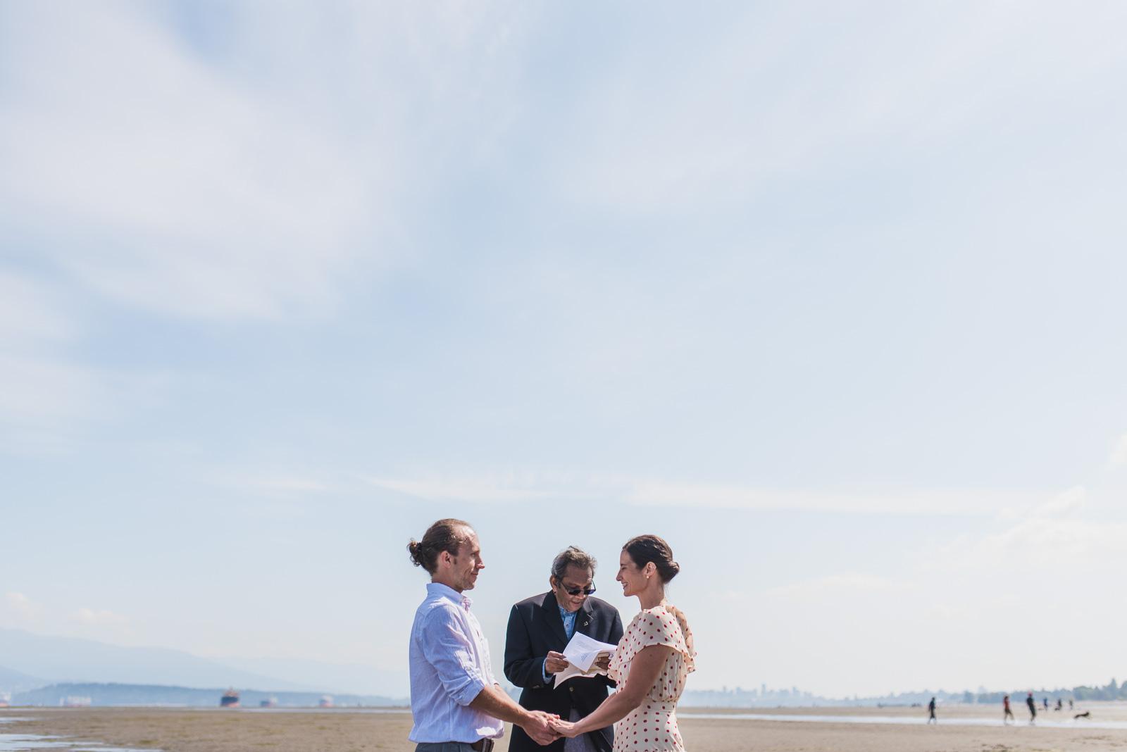 vancouver-island-wedding-photographers-spanish-banks-elopement-14.jpg