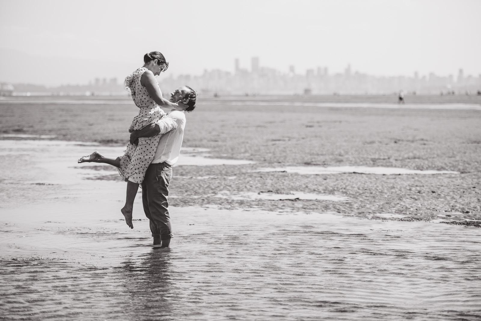 vancouver-island-wedding-photographers-spanish-banks-elopement-22.jpg