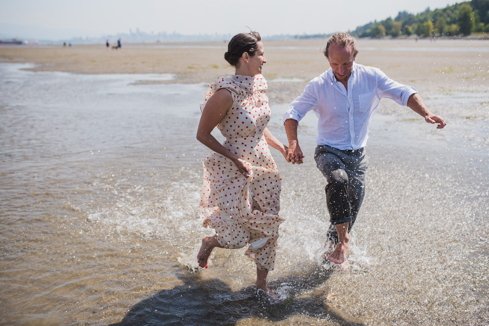 vancouver-island-wedding-photographers-spanish-banks-elopement-25.jpg