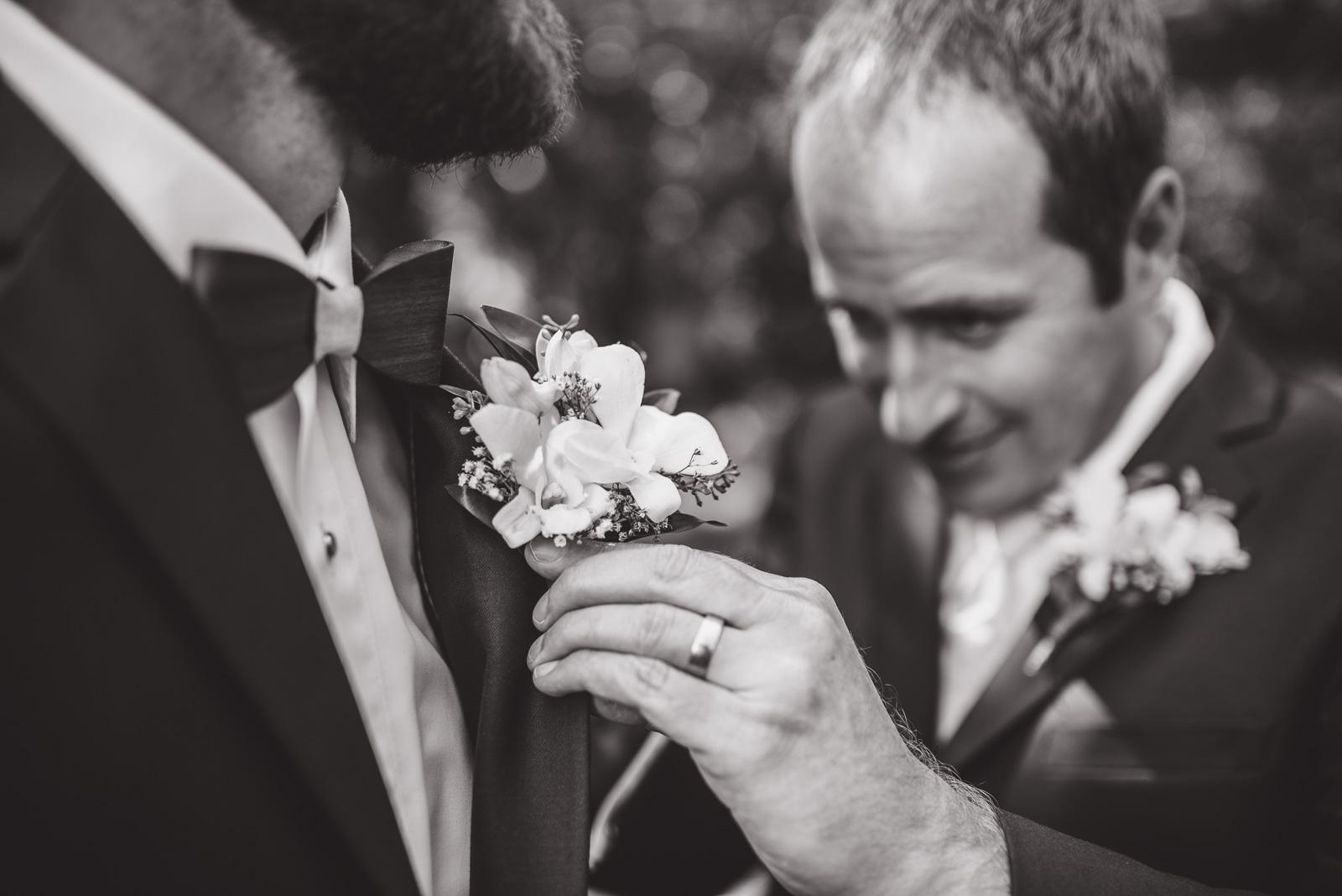 victoria-wedding-photographers-camp-fircom-gambier-island-wedding-19.jpg