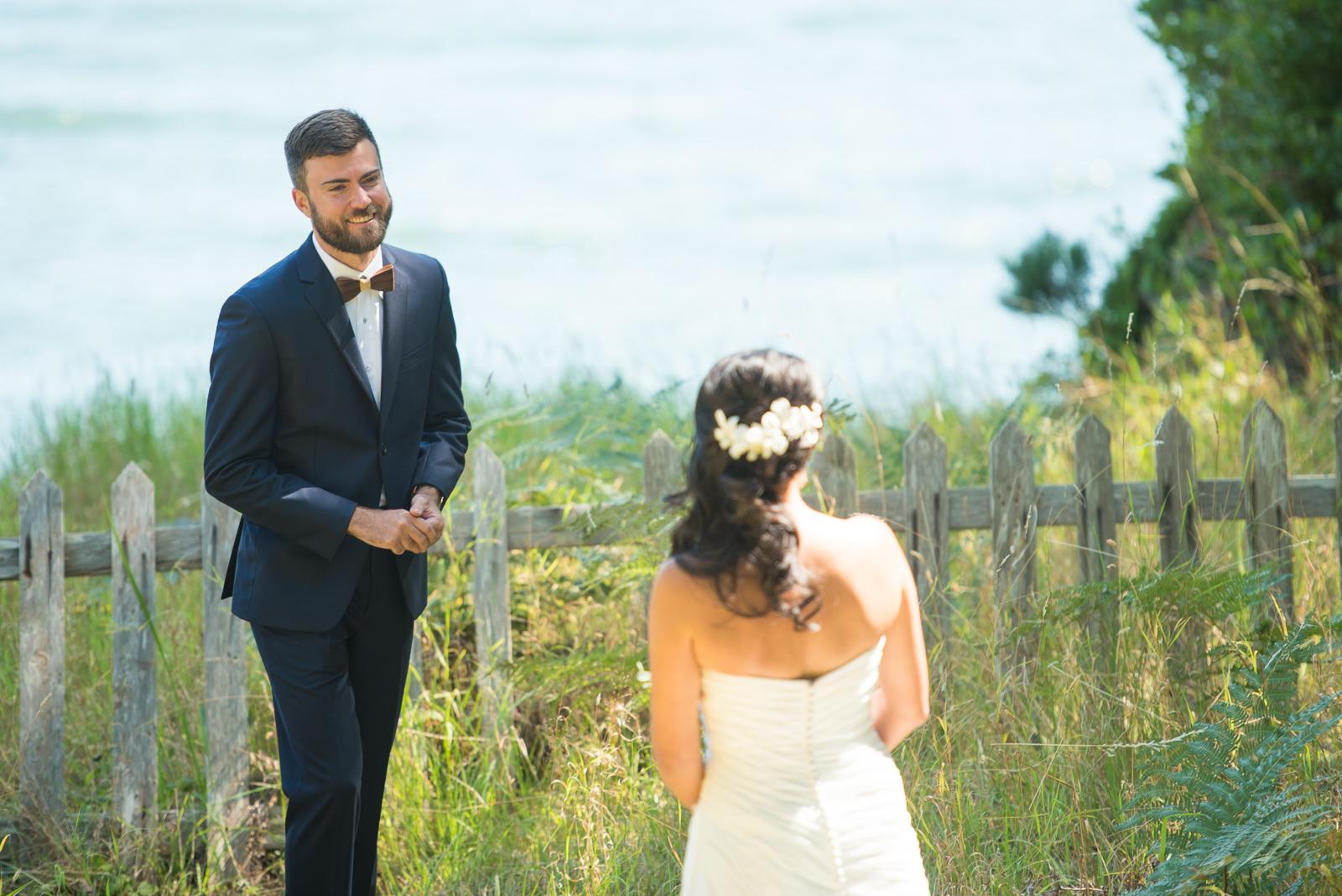 victoria-wedding-photographers-camp-fircom-gambier-island-wedding-22.jpg