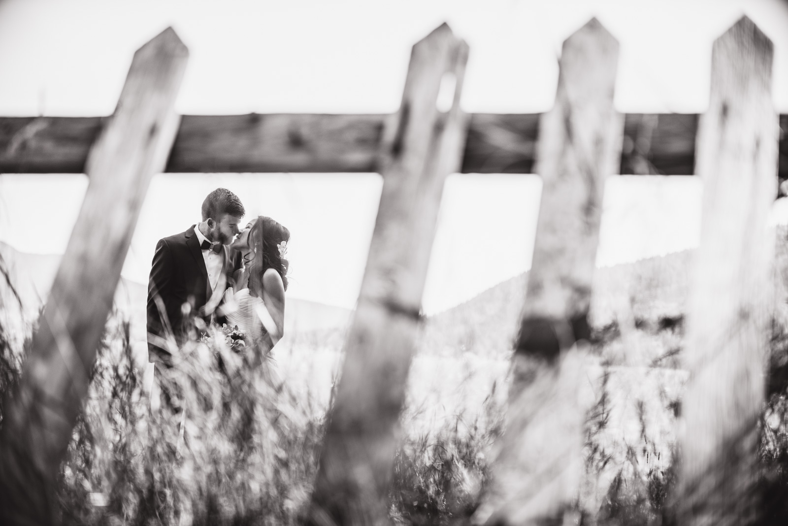 victoria-wedding-photographers-camp-fircom-gambier-island-wedding-26.jpg