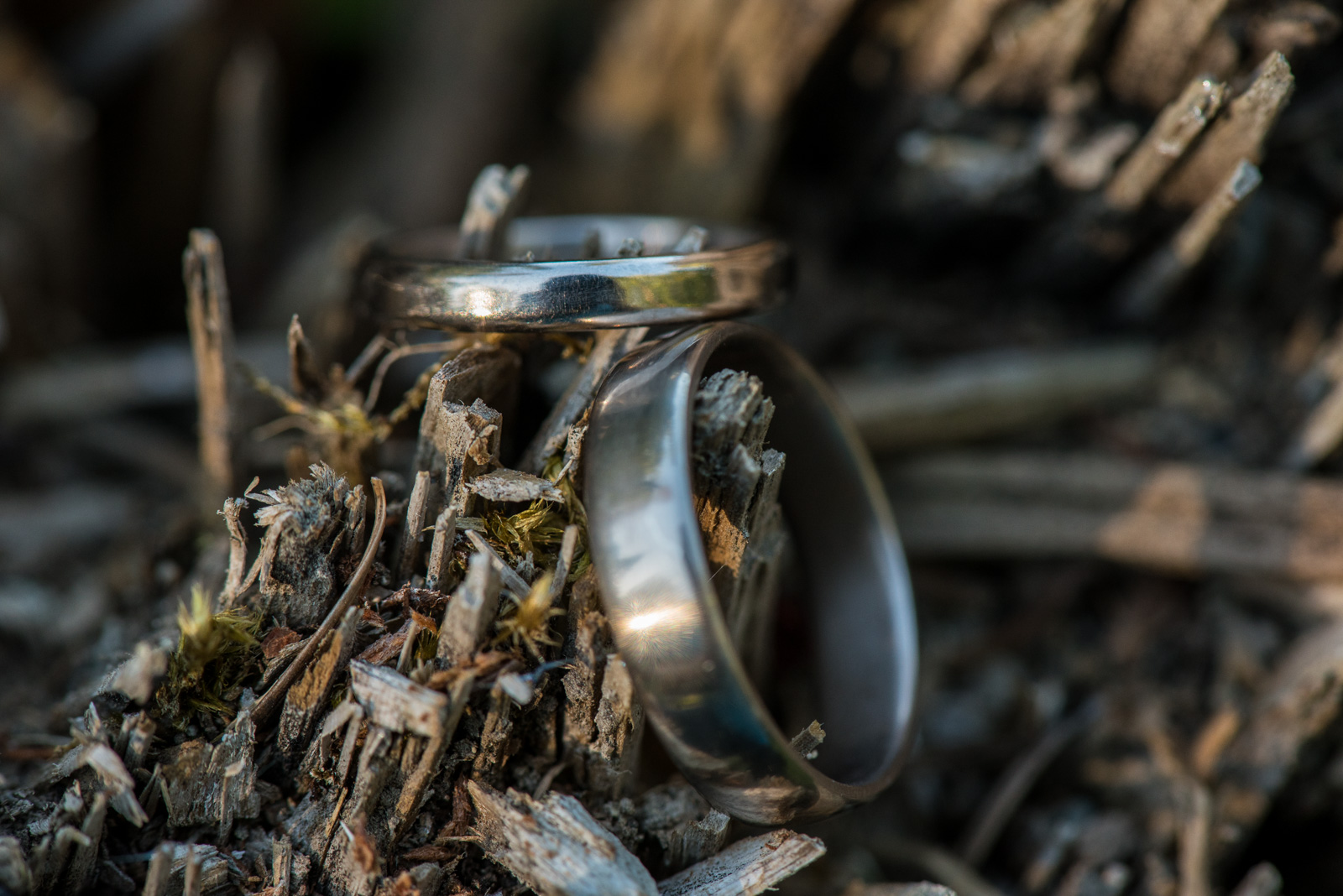 victoria-wedding-photographers-camp-fircom-gambier-island-wedding-38.jpg