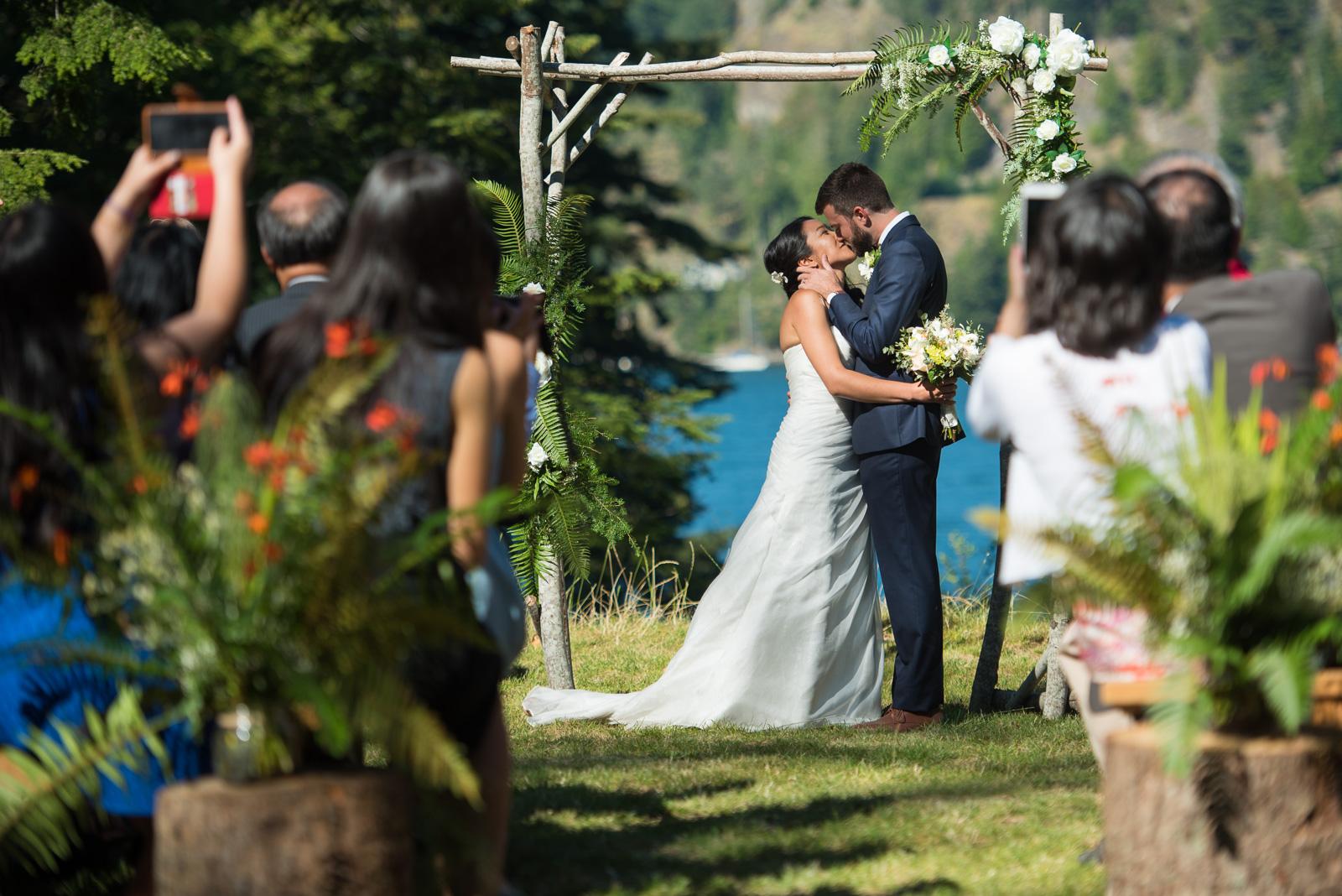 victoria-wedding-photographers-camp-fircom-gambier-island-wedding-37.jpg