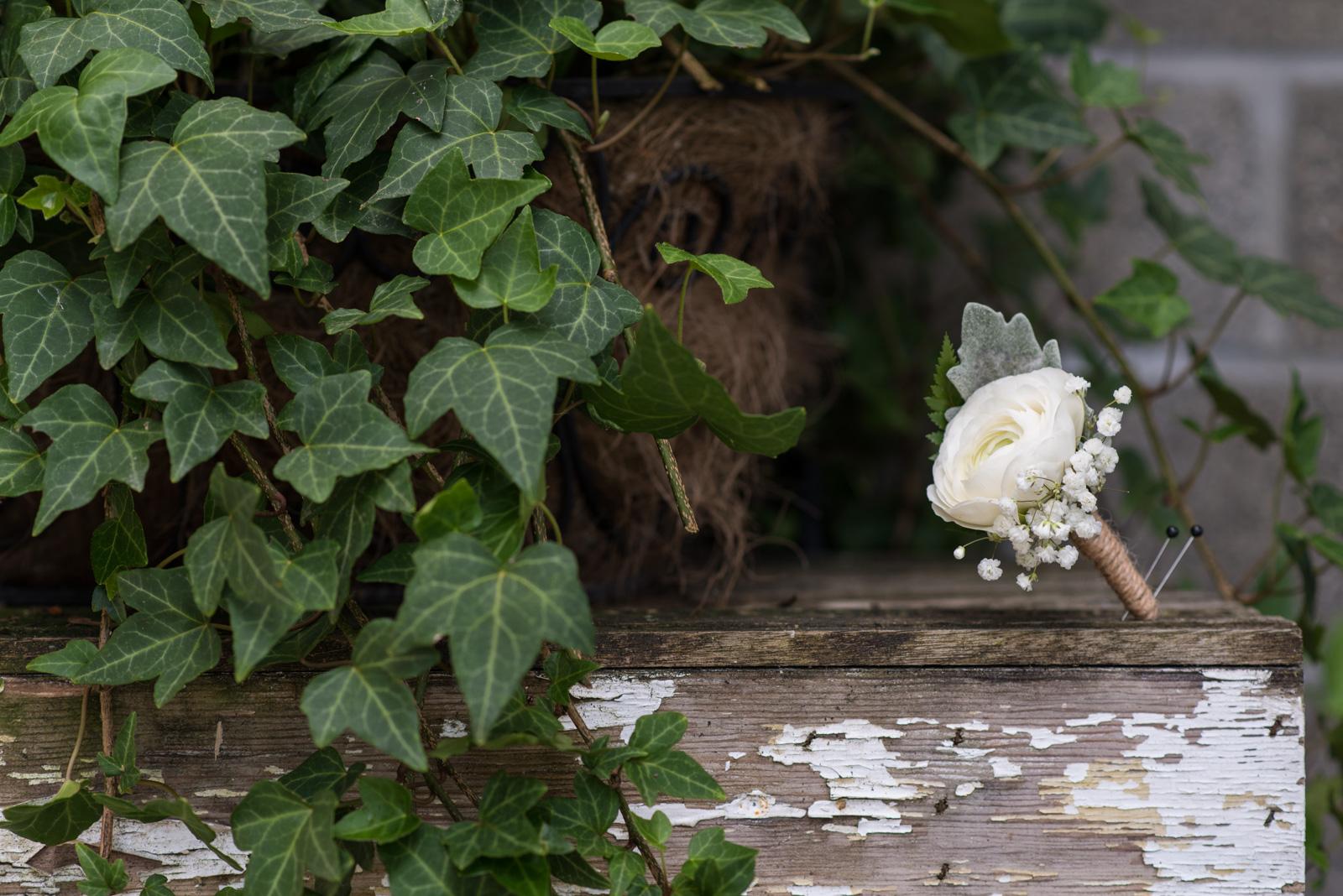 vancouver-island-wedding-photographers-backyard-wedding-mission-bc-12.jpg
