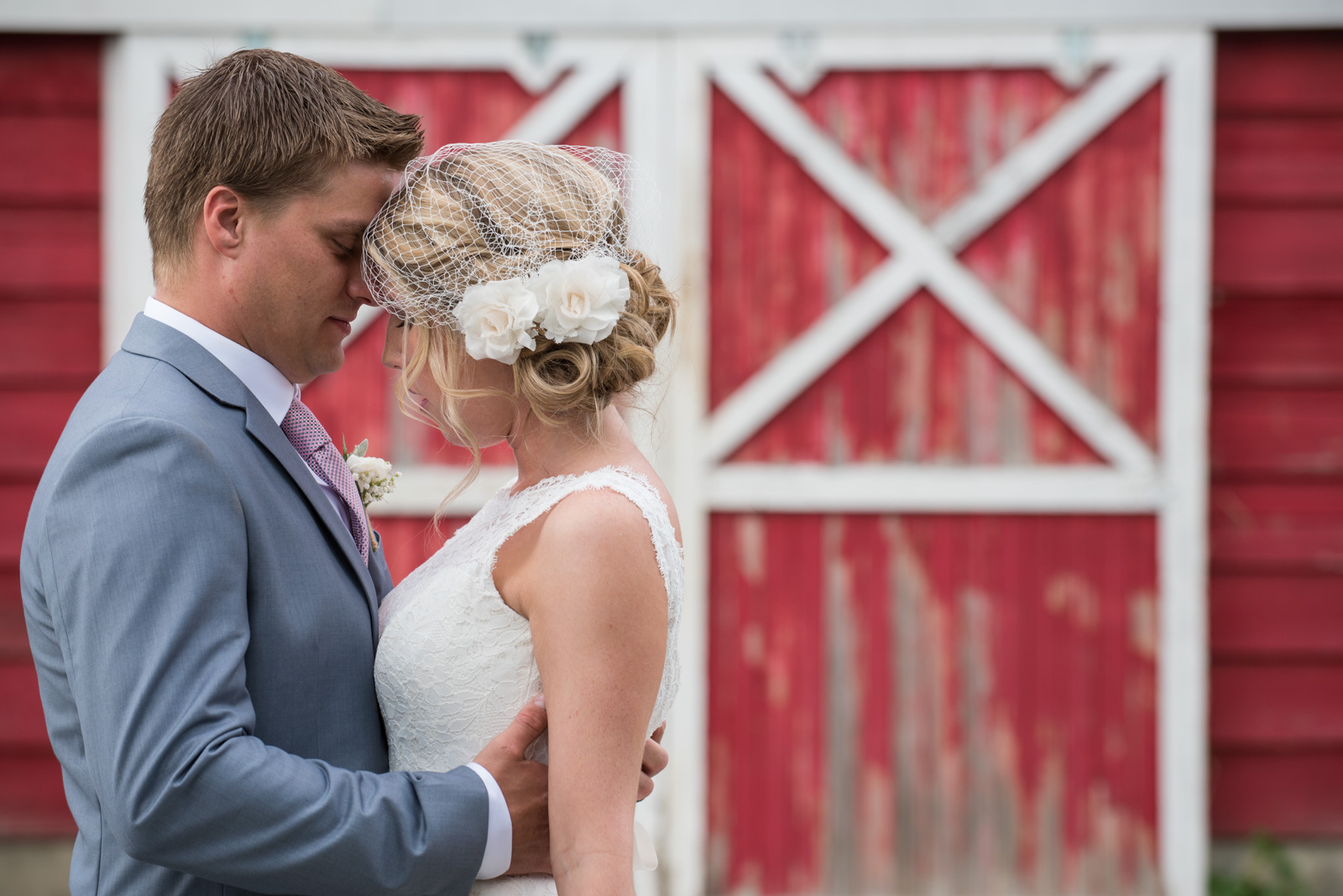 vancouver-island-wedding-photographers-backyard-wedding-mission-bc-25.jpg
