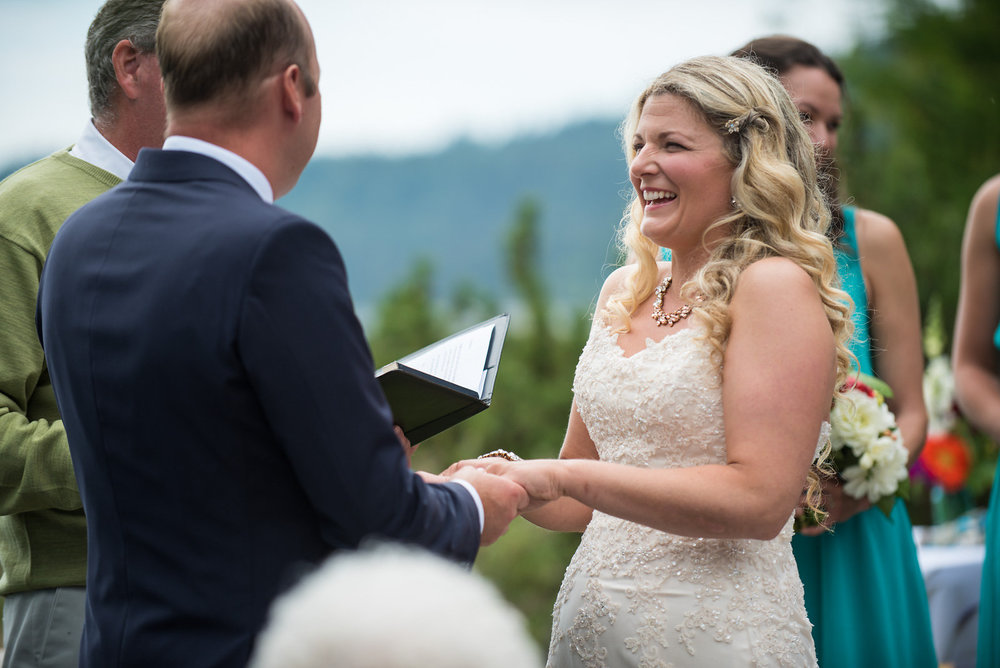sooke-wedding-photographers-craidelonna-oceanedge-lodge-wedding-17.jpg